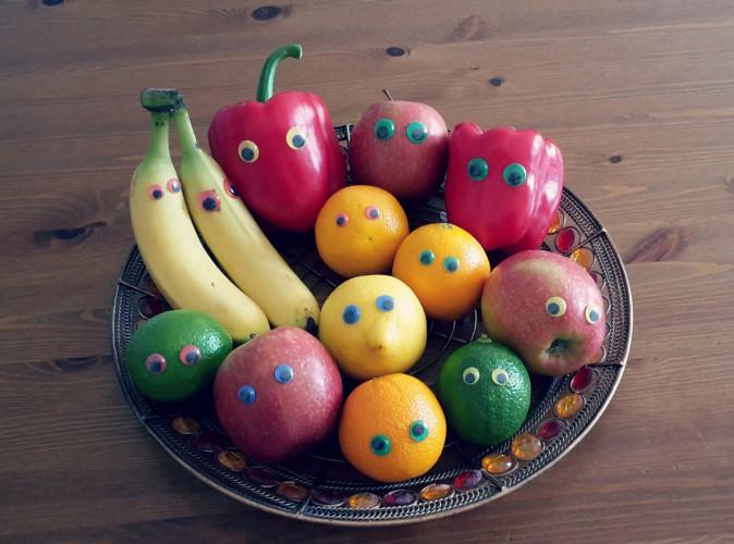 Lustige Obst- und Gemüsefreunde