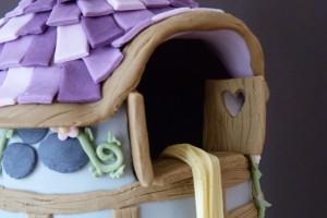 Rapunzelturm-Torte
