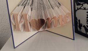 Bücherfalten – aus alt mach neue Deko