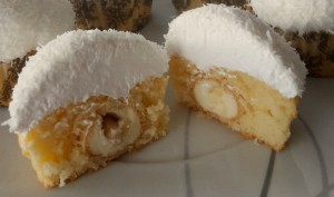 Raffaelo-Cupcakes mit Merengue-Frosting